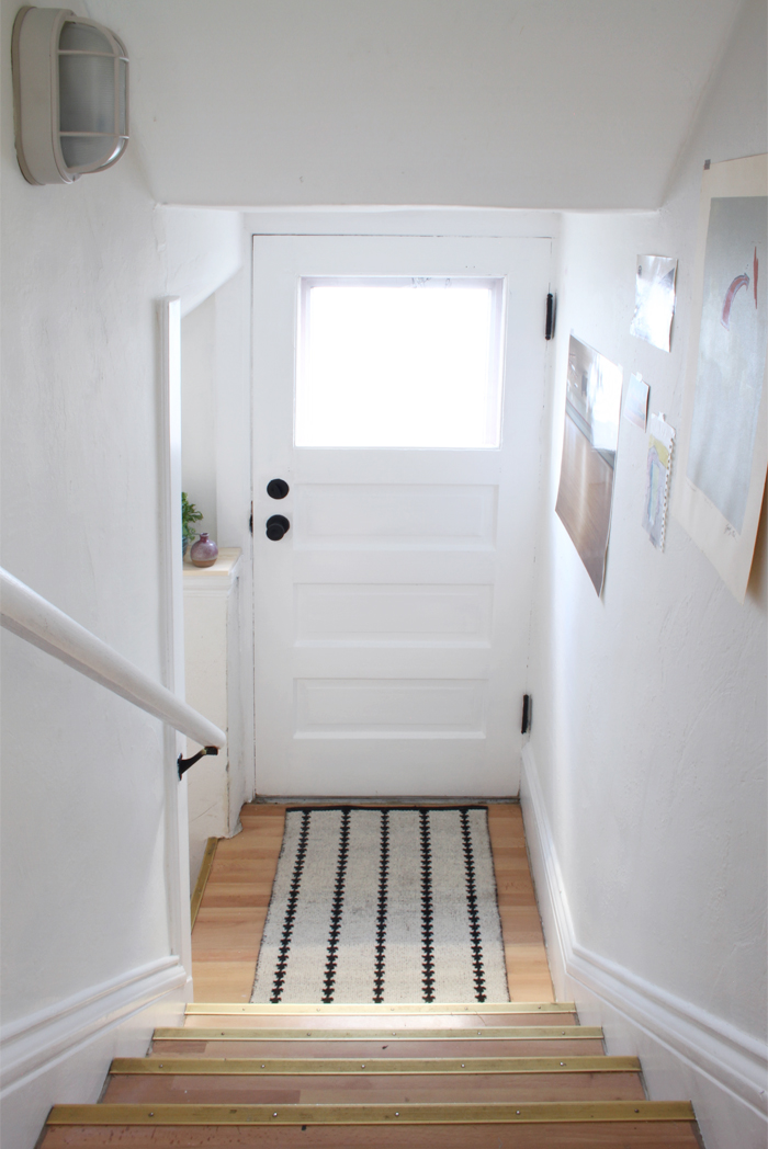 24 Mini Makeover : The Basement Stairs
