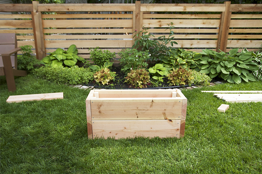 DIY Trellis and Planter Box Tutorial