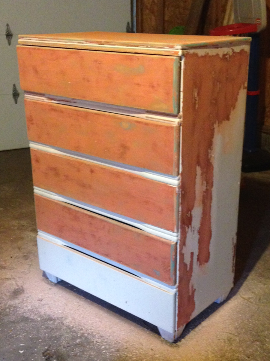 BEFORE : Vintage Makeover : Blush Painted Chest of Drawers
