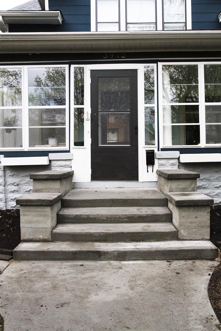 Concrete Front Stoop   Deuce Cities Henhouse