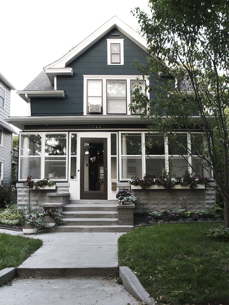 Minneapolis Stoop   Deuce Cities Henhouse