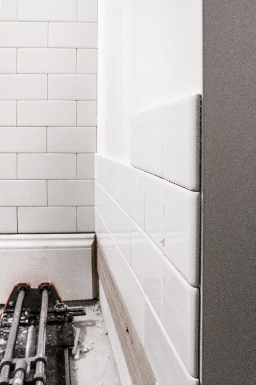 Bathroom Progress | Tiling with Subway tile