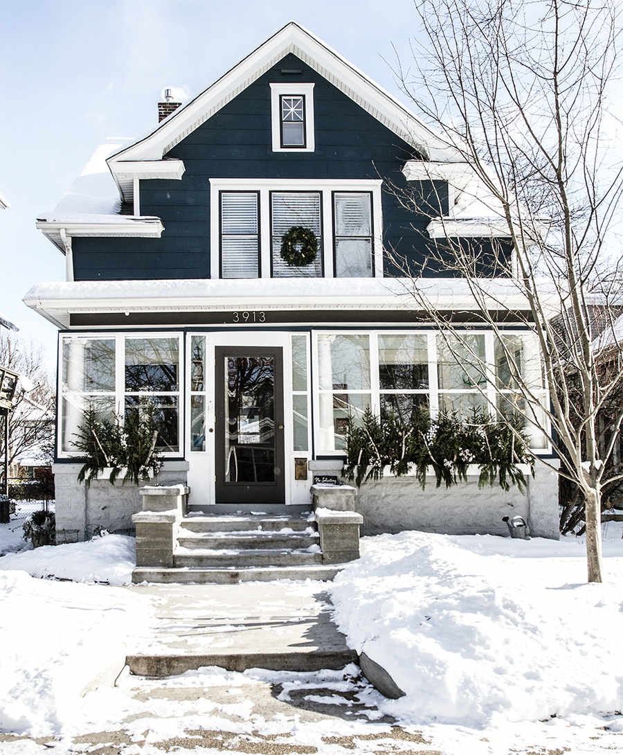 Minneapolis Home Decorated for Winter | Deuce Cities Henhouse