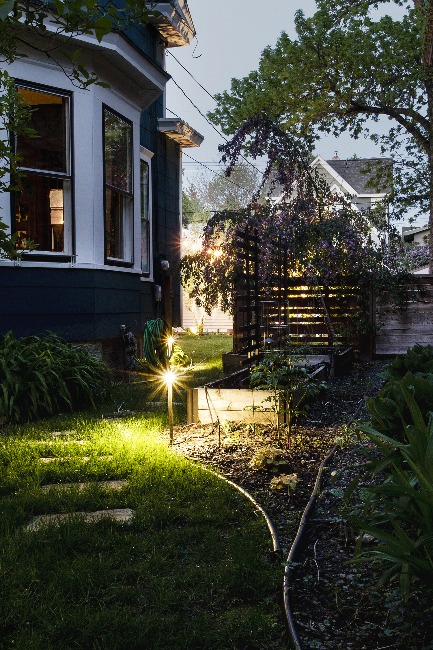 Easy to Install Low Voltage Outdoor Lighting - Deuce Cities Henhouse