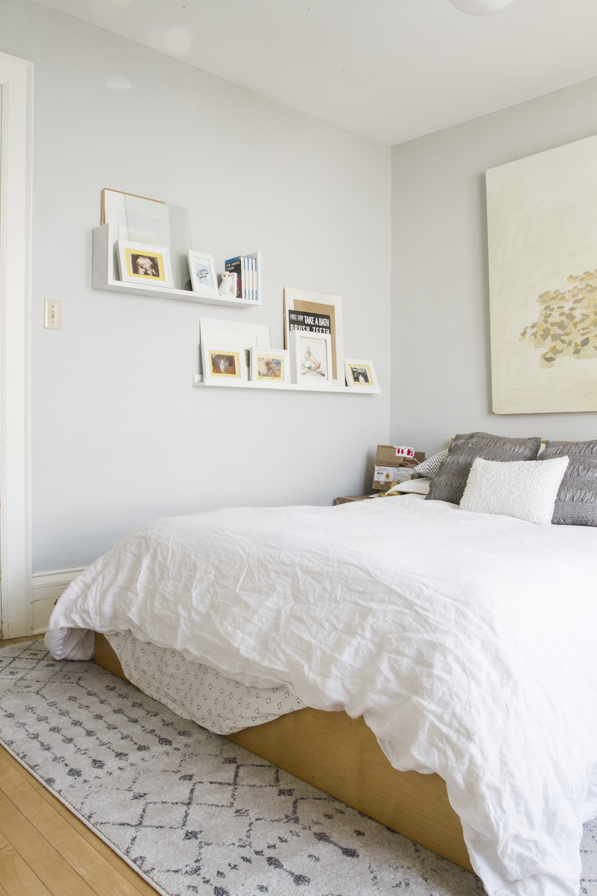 One Room Challenge Week 1 | Brass & Blue in the Guest Bedroom