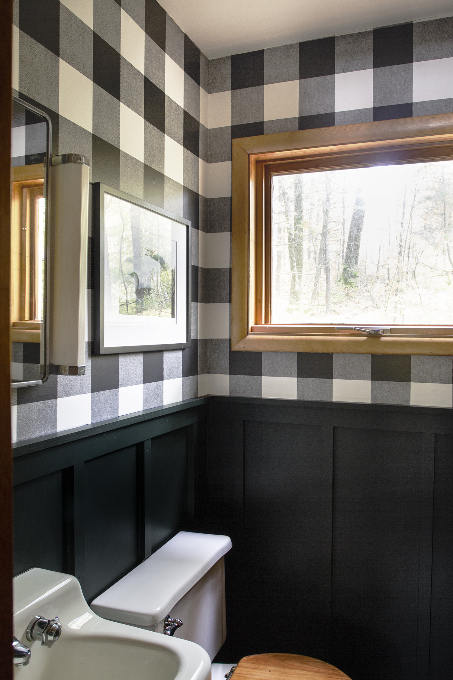 Transforming a tiny Cabin Bathroom | Deuce Cities Henhouse