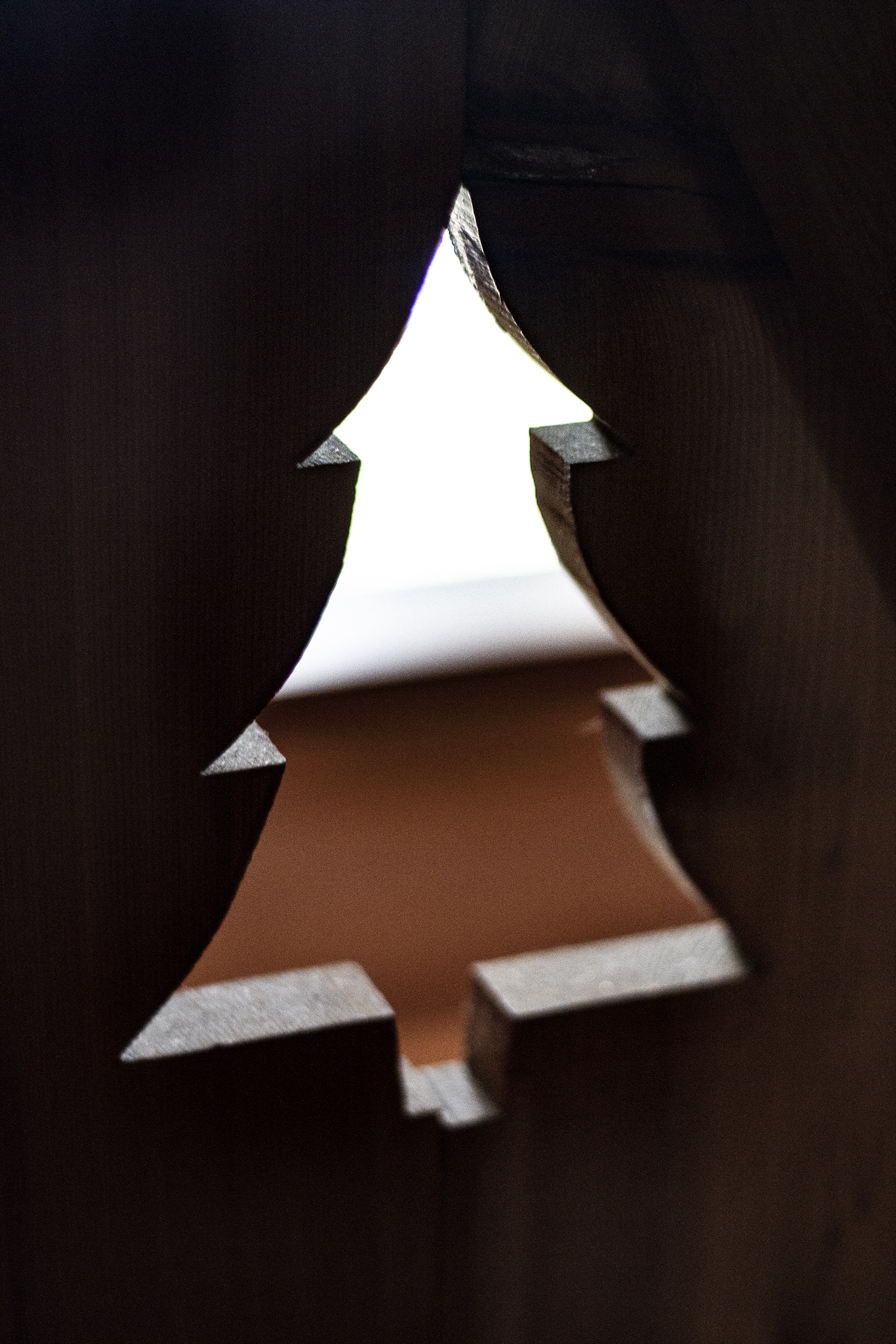 Cabin Loft Tree Detail | Deuce Cities Henhouse