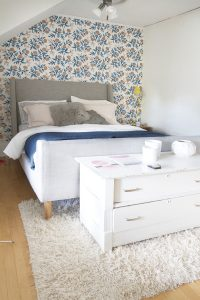 Bedroom Furniture Arranging
