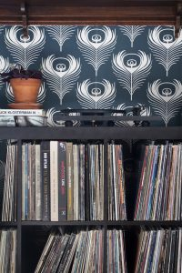 Adding Record Stops to Basic Ikea Shelving