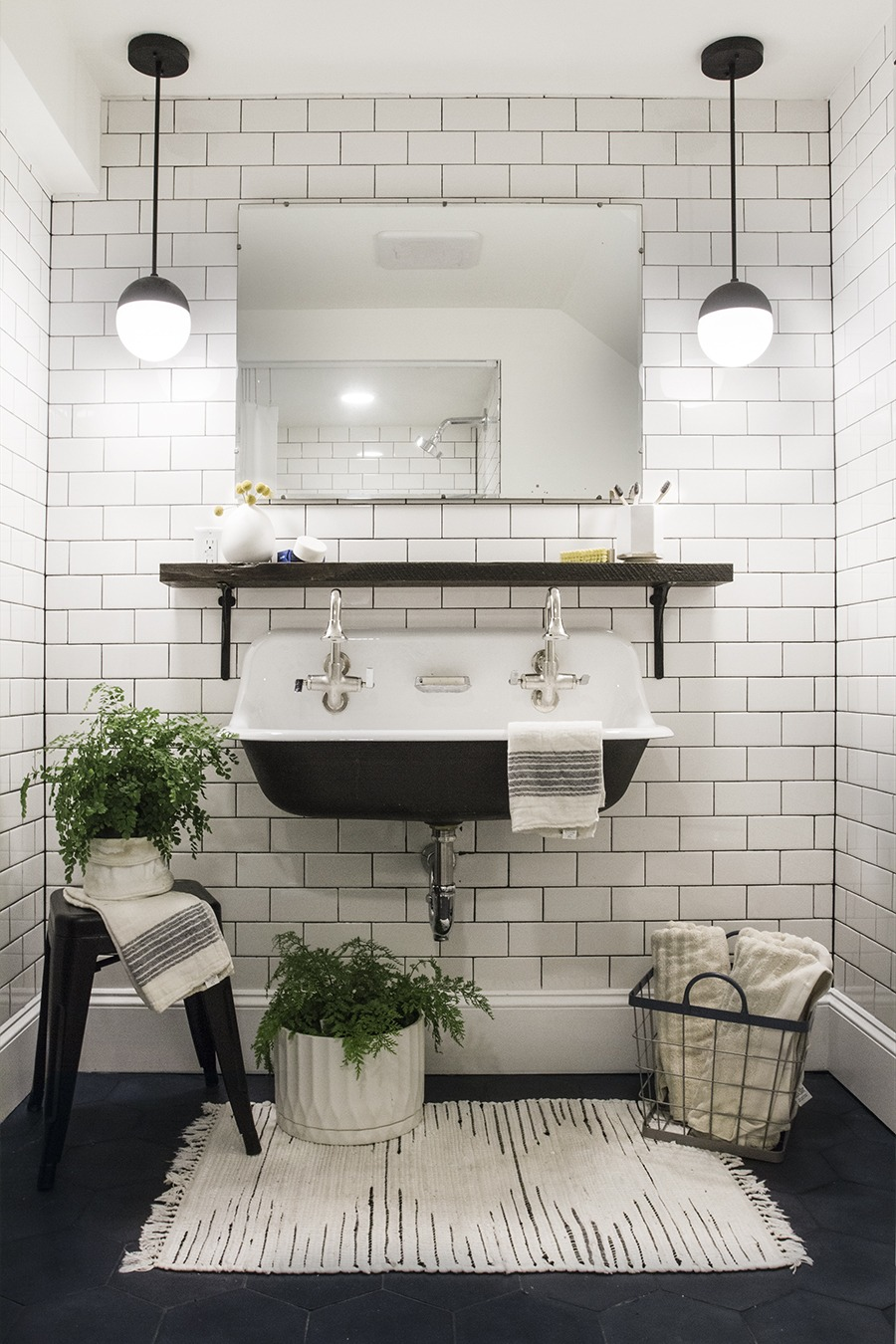 Reveal : Basement Bathroom