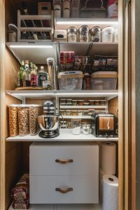 Reveal : Cabin Pantry